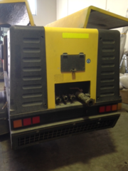 Compair C110-9 400 cfm mobile diesel Air compressor